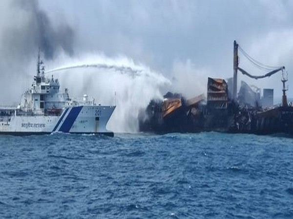 The distressed vessel MV X-Press Pearl was carrying 1,486 containers with nitric acid and other hazardous IMDG code chemicals.