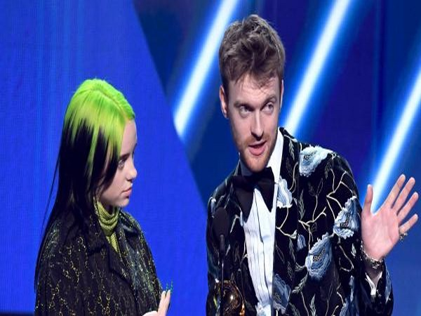 Billie Eilish and Finneas O'Connell (Image source: Twitter)