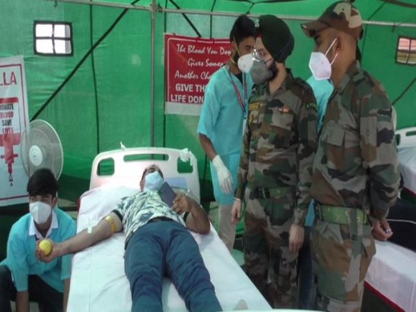 Blood donation camp organised by the Indian Army in Baramulla. (Photo/ANI)