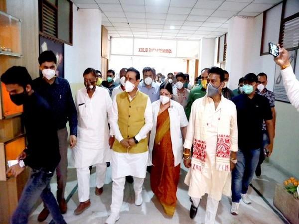 Madhya Pradesh Health Minister Narottam Mishra inspecting the hospital in Indore.