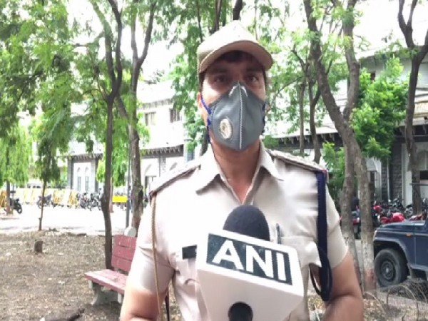 SHO Vijay Nagar police station, Tehzeeb Qazi speaking to ANI on Friday.