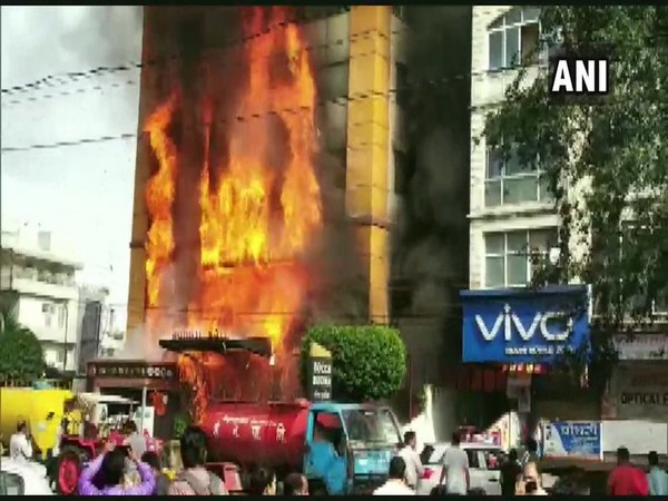 Fire broke out at a hotel in Vijay Nagar on Monday. Photo/ANI
