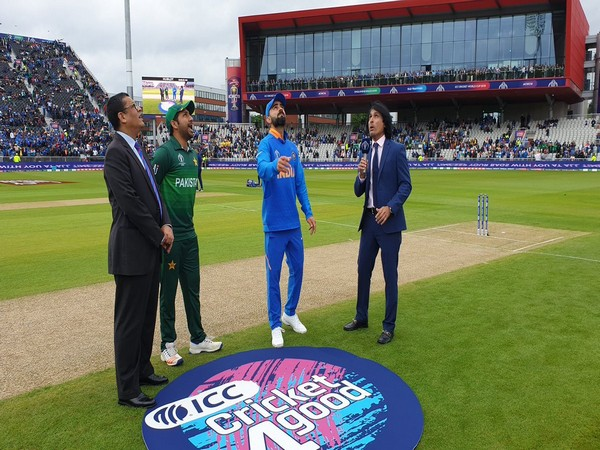 The Indian and Pakistani captains during the toss at the Old Trafford in Manchester on Sunday (Photo/BCCI Twitter)