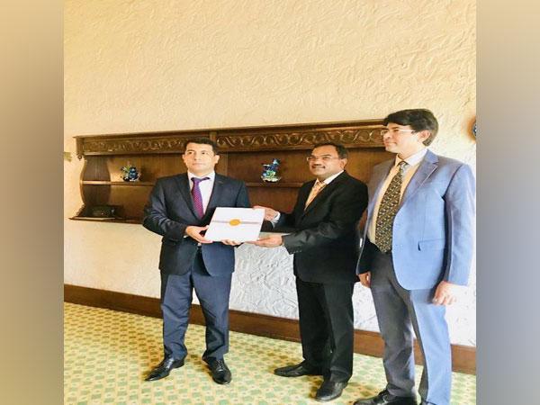 Ambassador Farhod Azriev of Uzbekistan with Mahaveer Singhvi, the Ministry of External Affairs' Joint Secretary for Counter-Terrorism in New Delhi on July 16 (Photo/Singhvi's Twitter account)