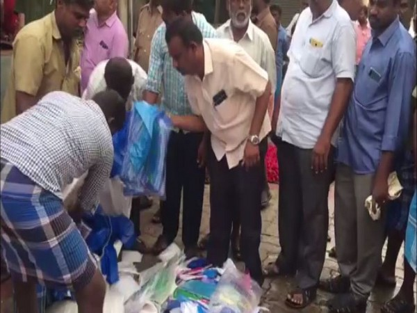100 kg of plastic carry bags seized during raids in Madurai [Photo/ANI]