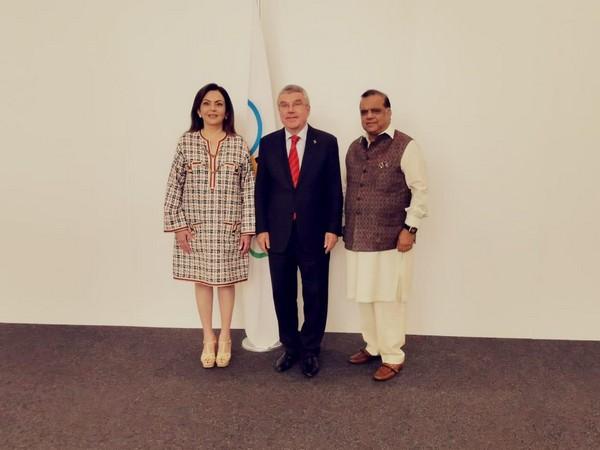 IOC member Nita Ambai, IOC Chief Thomas Bach and IOA President Narinder Batra