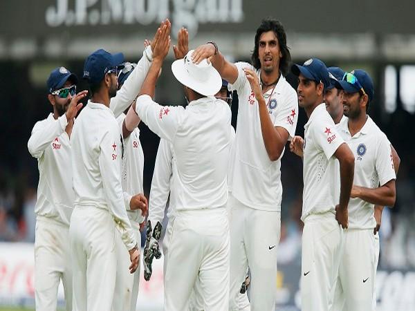 Ishant Sharma celebrates with team mates after England's Matt Prior's dismissal.