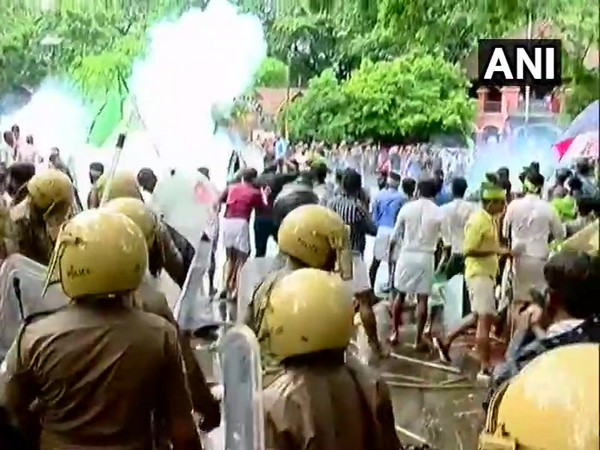 IUML workers protesting against the attack on an SFI activist in a college in Trivandrum on Wednesday. Photo/ANI