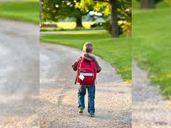 How much should your child's backpack weigh?