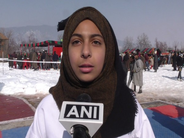 Ahead of Army Day, 15 Rashtriya Rifles (RR) organized a village games festival 2021 at Vilgam in the border area of  Kupwara district of North Kashmir on January 13.