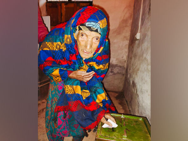 Ashyan Begum casts vote in DDC elections in Jammu and Kashmir on Friday.