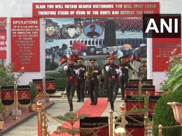 Passing out parade of the new recruits in Jammu-Kashmir Light Infantry on Saturday in Srinagar. Photo/ANI