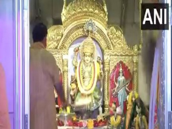 Visuals from Jhandewalan temple, Delhi on Wednesday. Photo/ANI