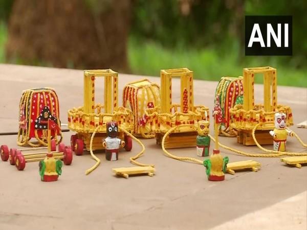 Visual of the crafts prepared by the Odisha artist. (Photo/ANI)