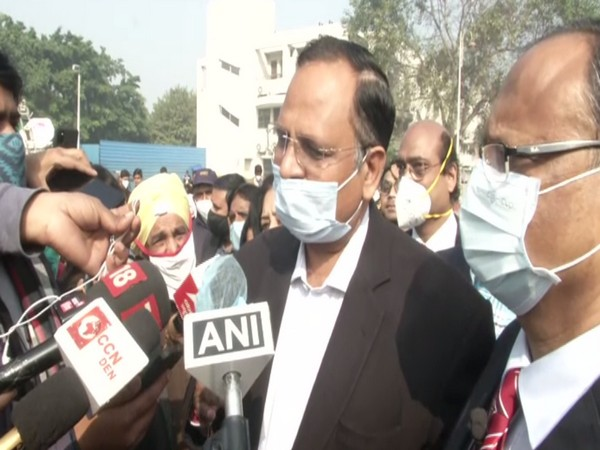 Delhi Health Minister Satyendra Jain at Rajiv Gandhi Super Speciality Hospital