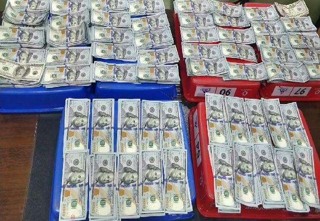 Custom officials seize foreign currency worth Rs 48 Lakh from 2 passengers at Jaipur Airport on Wednesday (Photo/ANI)