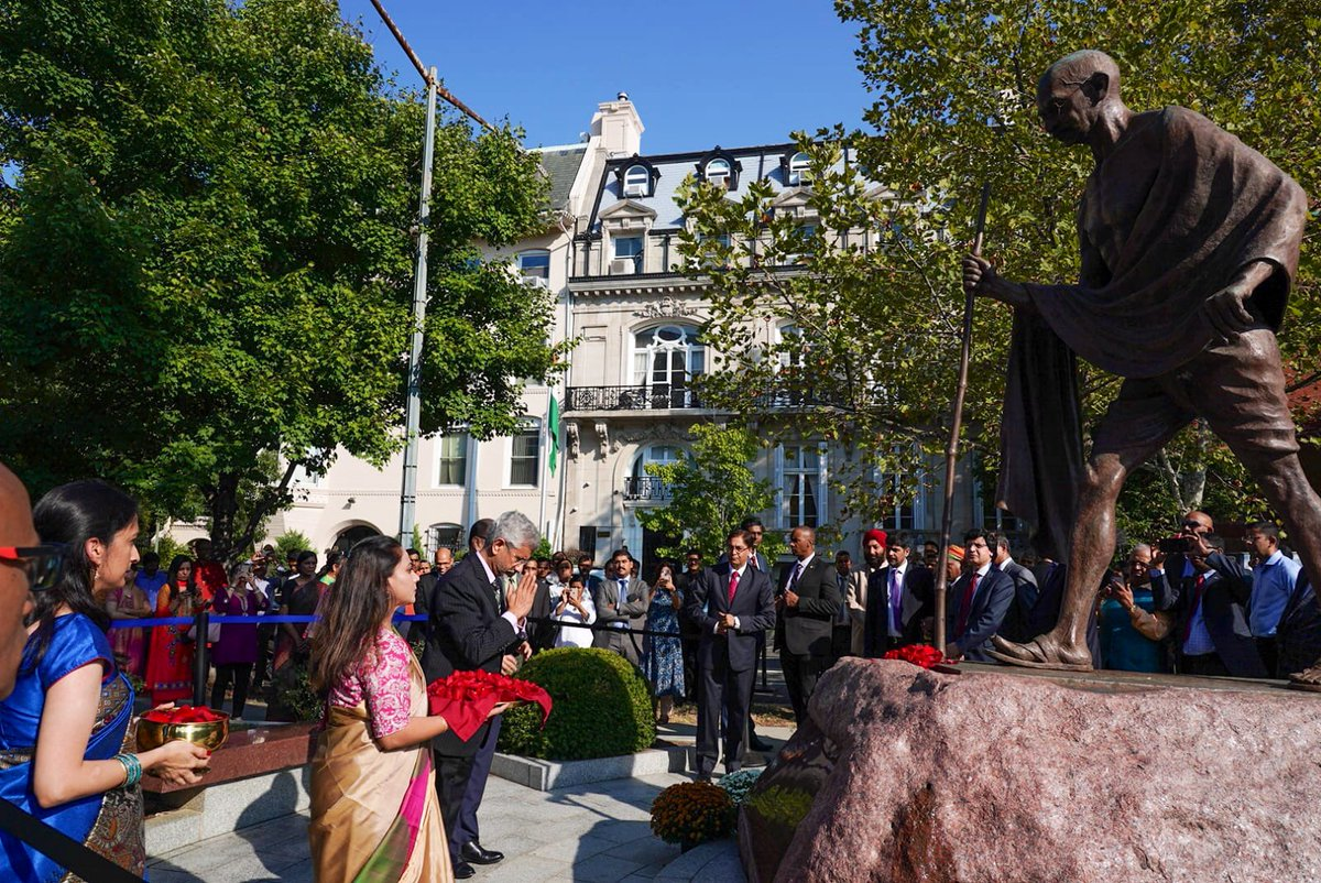 EAM Jaishankar paid homage to Mahatma Gandhi at memorial outside Indian Embassy in the US on Wednesday