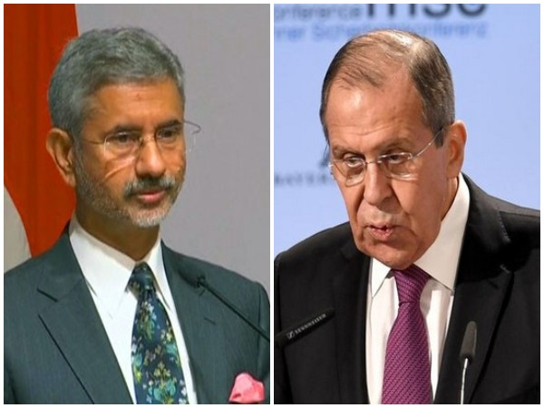 External Affairs Minister S Jaishankar (L) and Russian Foreign Minister Sergey Lavrov (file photo)