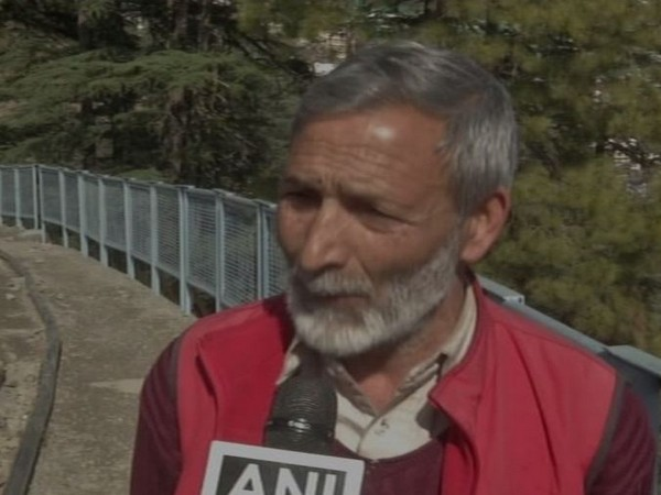 A Kashmiri migrant residing in Himachal Pradesh speaking to ANI about tensions in the Valley [Photo/ANI]