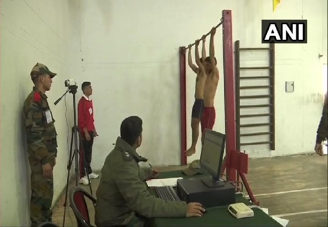 Hundreds of youths participate in Indian Army's recruitment drive in J-K's Srinagar (Photo/ANI)