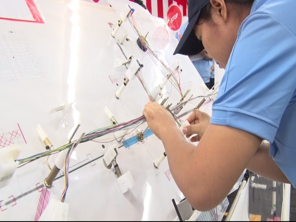 Top contestants had gathered from various locations around the world. This year was the 14th edition where skilled workers from nine countries took part.