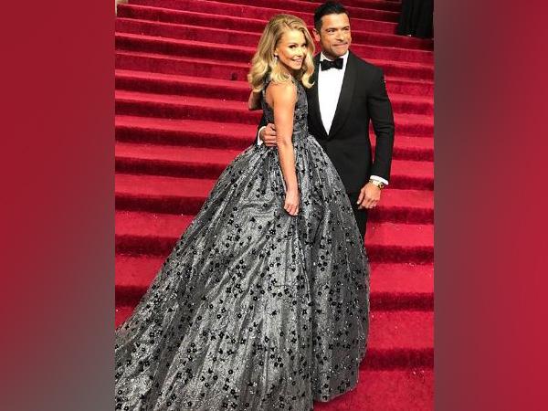 Kelly Ripa and  Mark Consuelos (Image courtesy: Instagram)