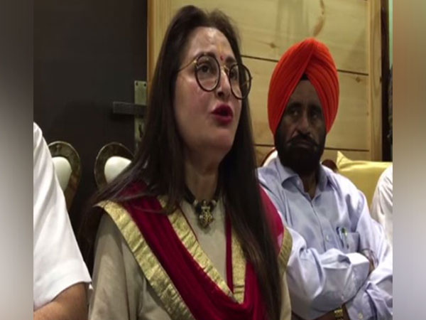 Jaya Prada addressing a press conference at Rampur on Wednesday