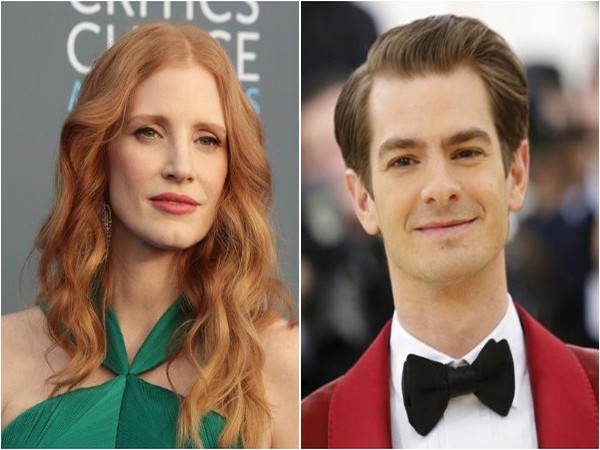 Jessica Chastain and Andrew Garfield