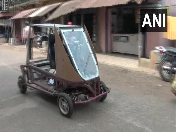 Visual of the solar-powered electric vehicle.
