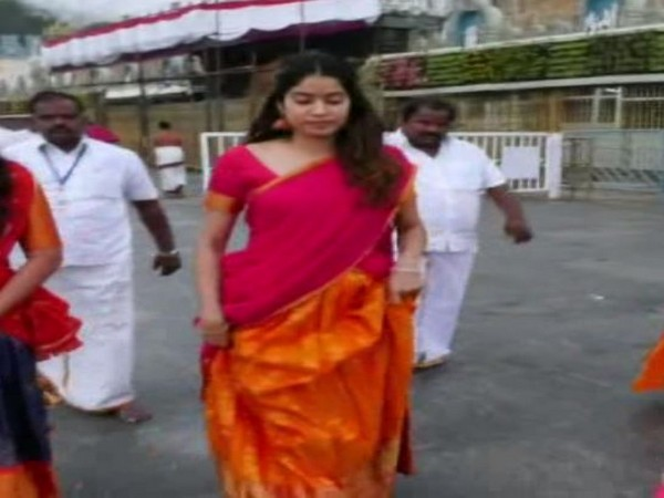 Jhanvi Kapoor at the Tirupati temple