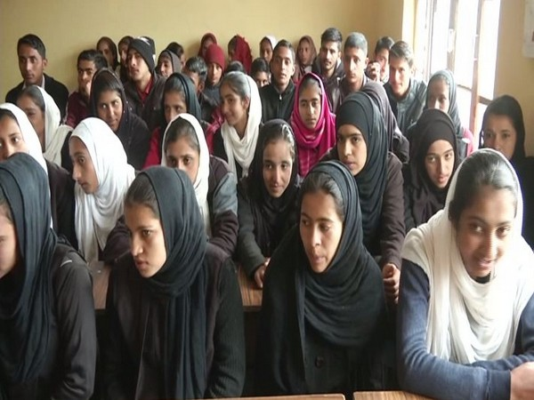 J-K Police organise awareness programme against drug abuse in Poonch. Photo/ANI