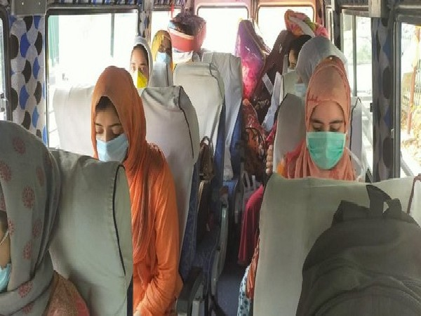 A visual of the stranded students going to Jammu and Kashmir by a bus.