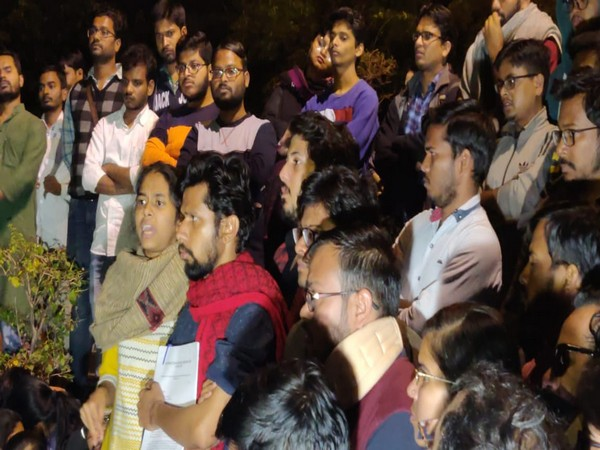 Visuals from JNU.