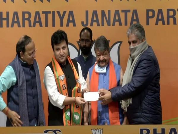 Arindam Bhattacharya joined BJP in Delhi (Photo/ANI)