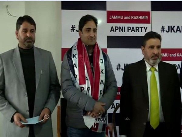 Srinagar Mayor Junaid Azim Mattu joined Altaf Bukhari-led Jammu and Kashmir Apni Party on Friday. (Photo/ANI)