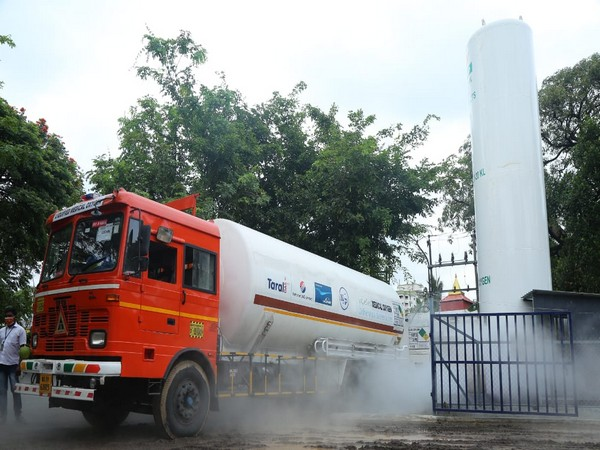 Visual of the oxygen tanker that reached Kochi