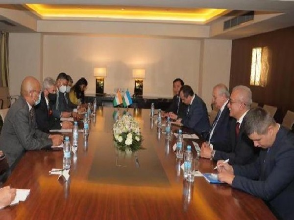 EAM S Jaishankar with Uzbek counterpart Abdulaziz Kamilov at SCO Summit. (Twitter)