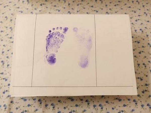 Kalki posted a picture of the newly born's footprints on a piece of paper (Picture courtesy: Instagram)