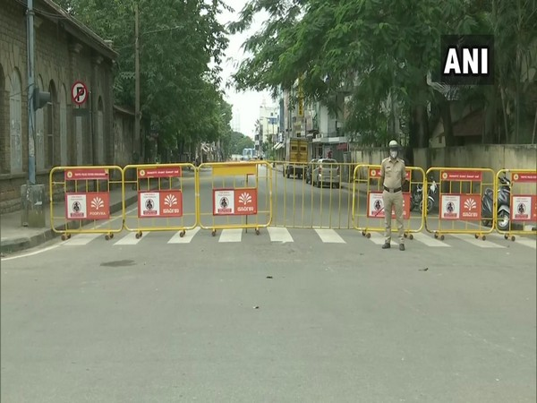 A complete lockdown has been imposed every Sunday in Karnataka. [Photo/ANI]