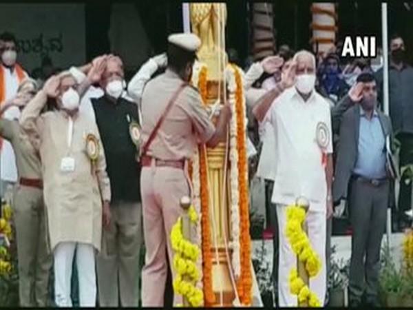Karnataka Chief Minister BS Yediyurappa participating in 'Kalayan Karnataka' festival celebrations on Thursday. [Photo/ANI]