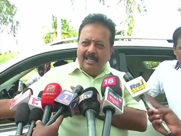 Congress leader and former Nagamangala legislature N. Cheluvarayaswamy while talking to ANI. (Photo: ANI)