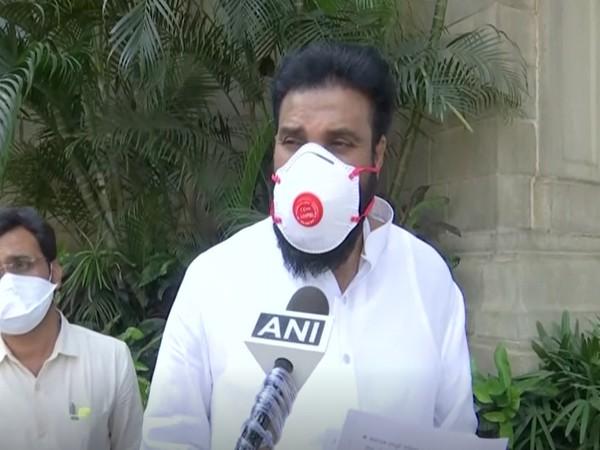 Karnataka Health Minister B Sriramulu  (File photo)