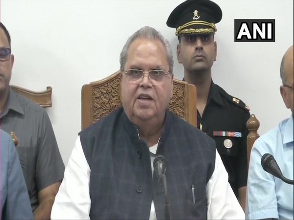 Governor Satya Pal Malik speaking to reporters in Srinagar, Jammu and Kashmir, on Wednesday.