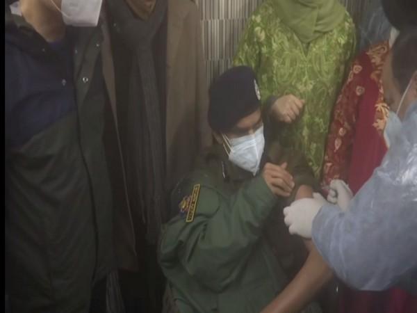 IGP of Kashmir Vijay Kumar receives shot of COVID-19 vaccine (Photo/ ANI)
