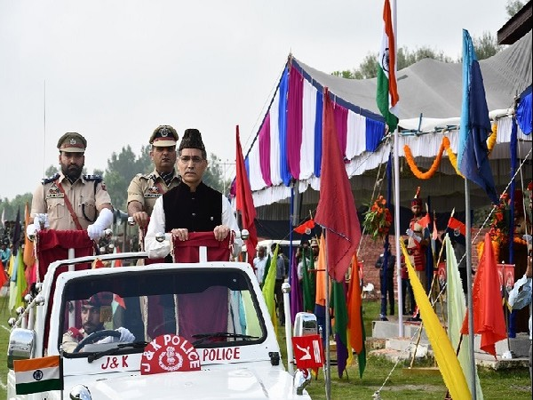 : Independence Day celebrations held at Ganderbal, Jammu and Kashmir on Thursday. Photo/ANI