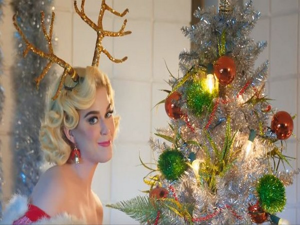 A still from the song -- Cozy Little Christmas. (Picture courtesy: YouTube)