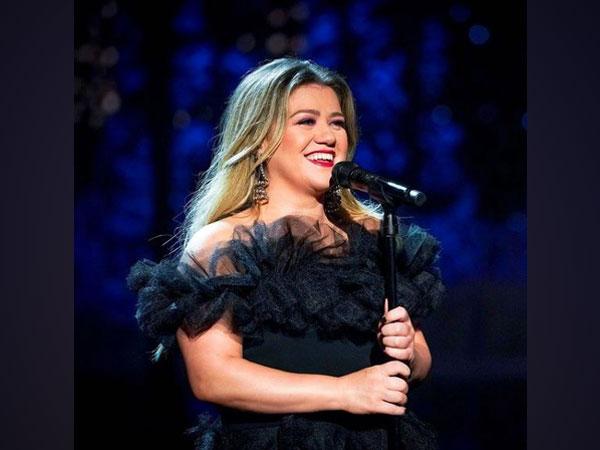 Kelly Clarkson (Image courtesy: Instagram)