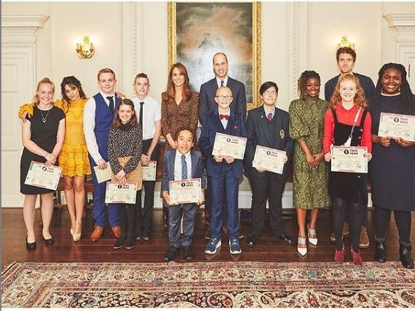 Prince William and Kate Middleton along with the 10 finalists (Image courtesy: Instagram)