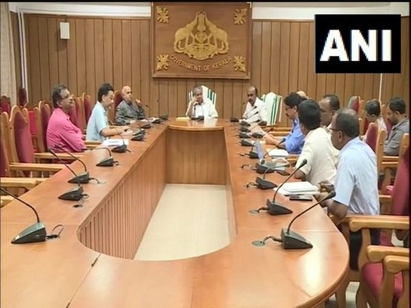 Kerala Chief Minister Pinarayi Vijayan chairing high-level meeting with top government officials in Idukki on Thursday. Photo/ANI