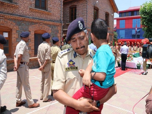 SSP Srinagar Dr M Haseeb Mughal in Anantnag, Jammu and Kashmir on Monday. Photo/ANI
